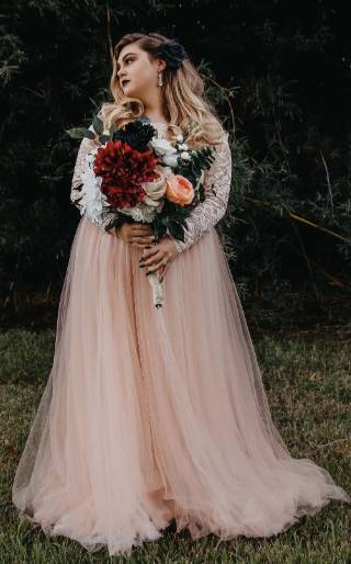 unique plus size maternity wedding dress