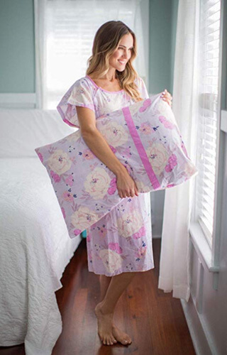 delivery-gown-with-matching-pillowcase
